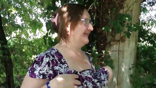 milf Alexis Fawx memberikan oral seks dan payudara pada gudang bokep live pandangan mata