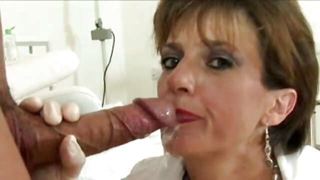 si pirang nakal meninggalkan vaginanya terbuka dan bayi buang video bokep di bigo live air kecil.