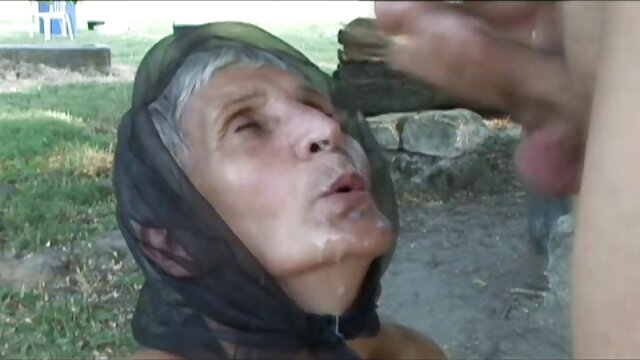 Penis besar beracun di bokep live terbaru leher coklat tua Latina dan anus