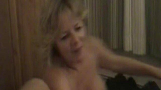 Minyak dan vagina makan pregio Stunner. bokep colmek bigo