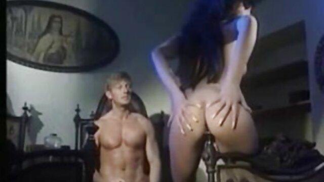 Ibu Dewasa menggoda anak bokep sex live perempuan Pacar untuk bercinta