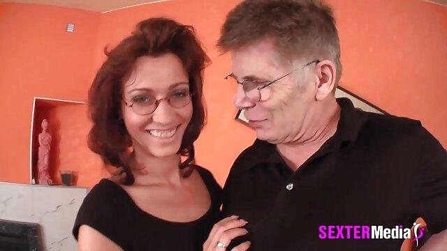 Porno-Mary Jane Johnson kacau dalam video bokep bigo segala hal