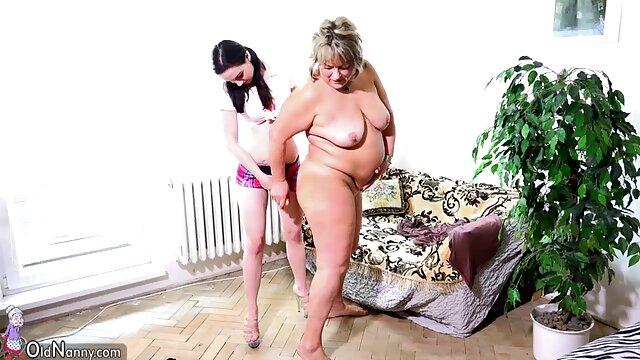 Man licks pirang pussy bigo bokep terbaru Cherie Deville