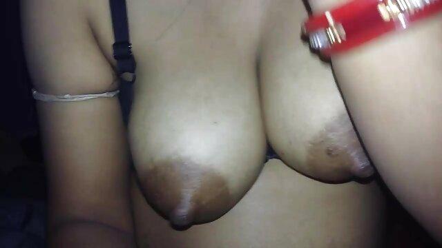Nicole Aniston bokeb bigo sucking and stroking cock fashion