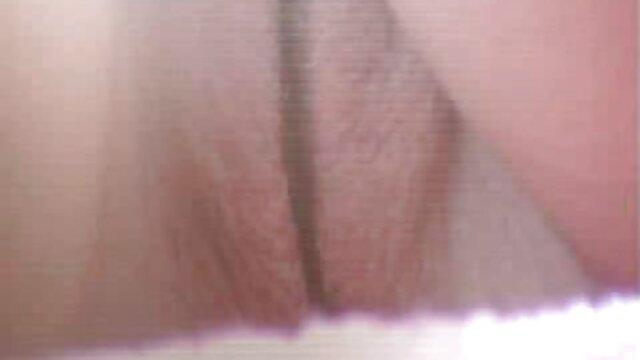 Mahasiswa telanjang di Universitas shower bokep bigo live uting